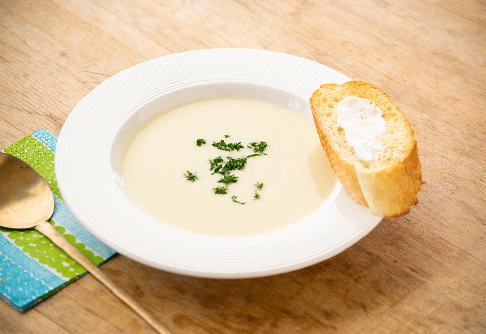 中富良野さかもと農園のじゃがいもでスープ