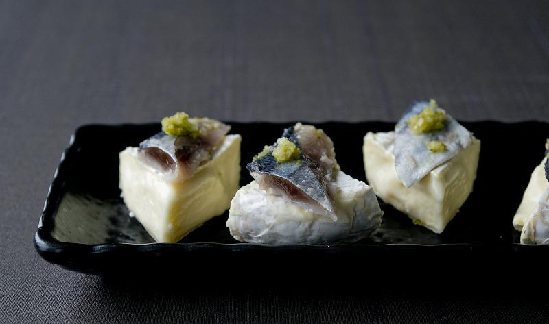 〆さんま柚子をカマンベールチーズと