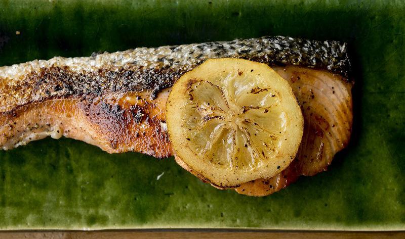 鮭のレモンオイル漬けの焼き方